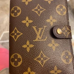 AUTHENTIC LOUIS VUITTON Small Ring Agenda Cover